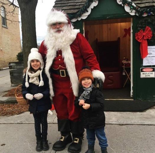 Jenn_Santa kids